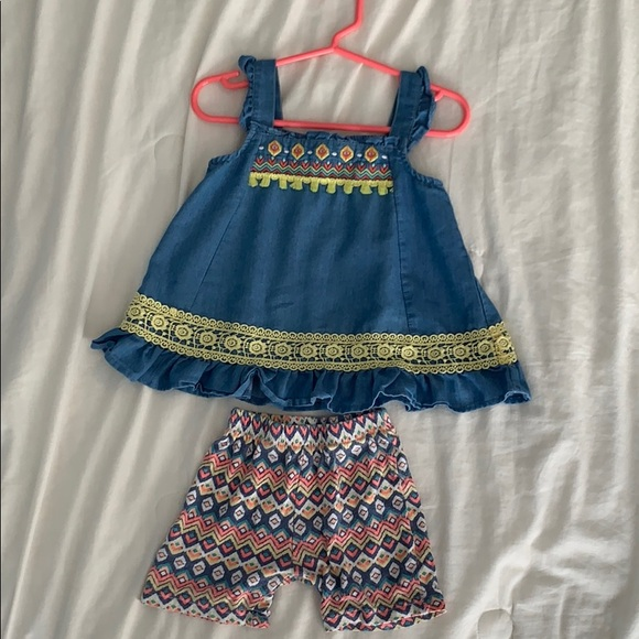 Girls Denim Outfit By Little Lass Size 24 Months.